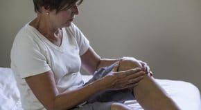 Rhumatisme psoriasique Symptômes, Traitements, Risques